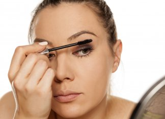 Makijaż oka krok po kroku – o czym musisz pamiętać?